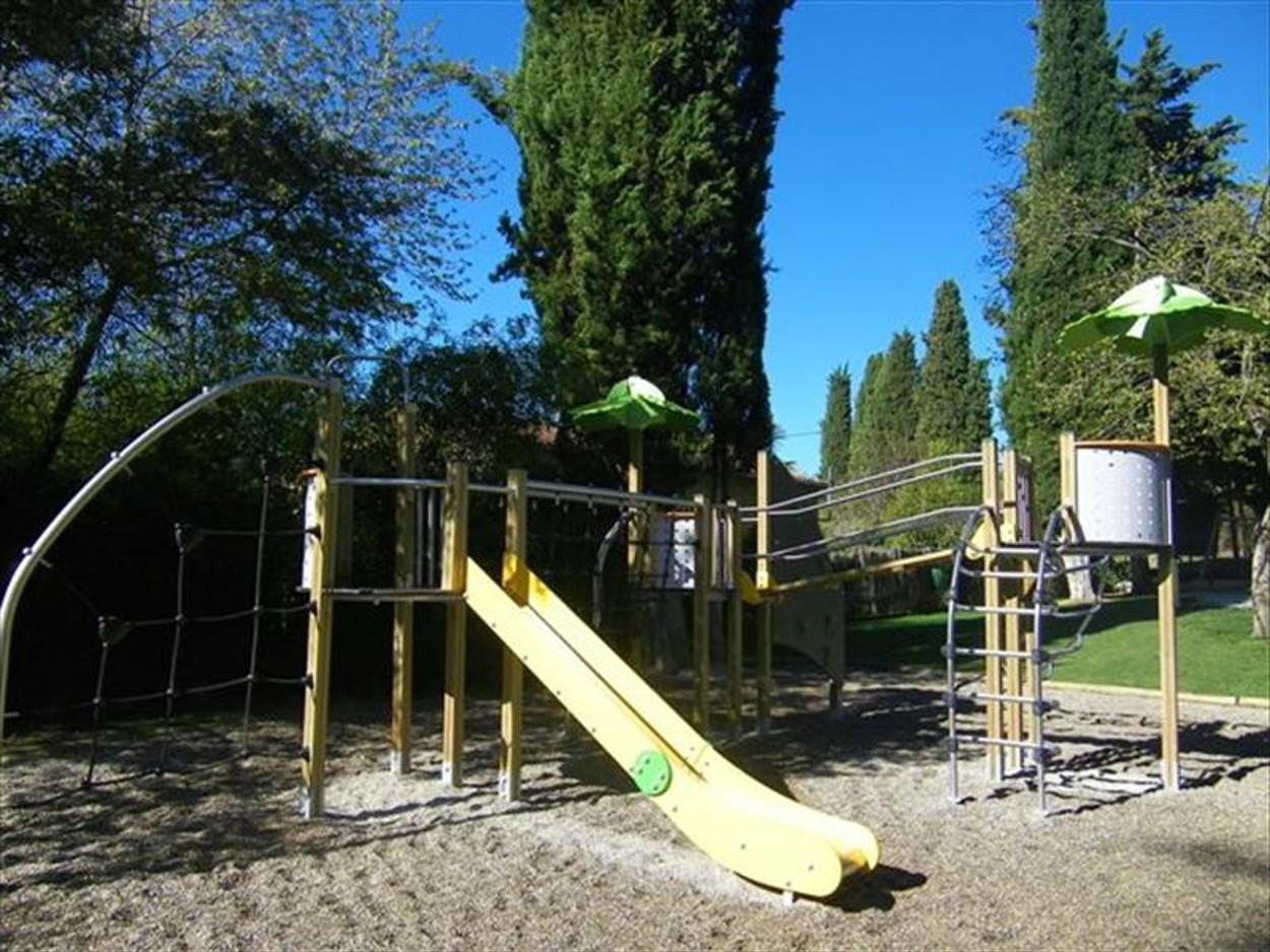 Photo Aire de jeux du Parc Municipal