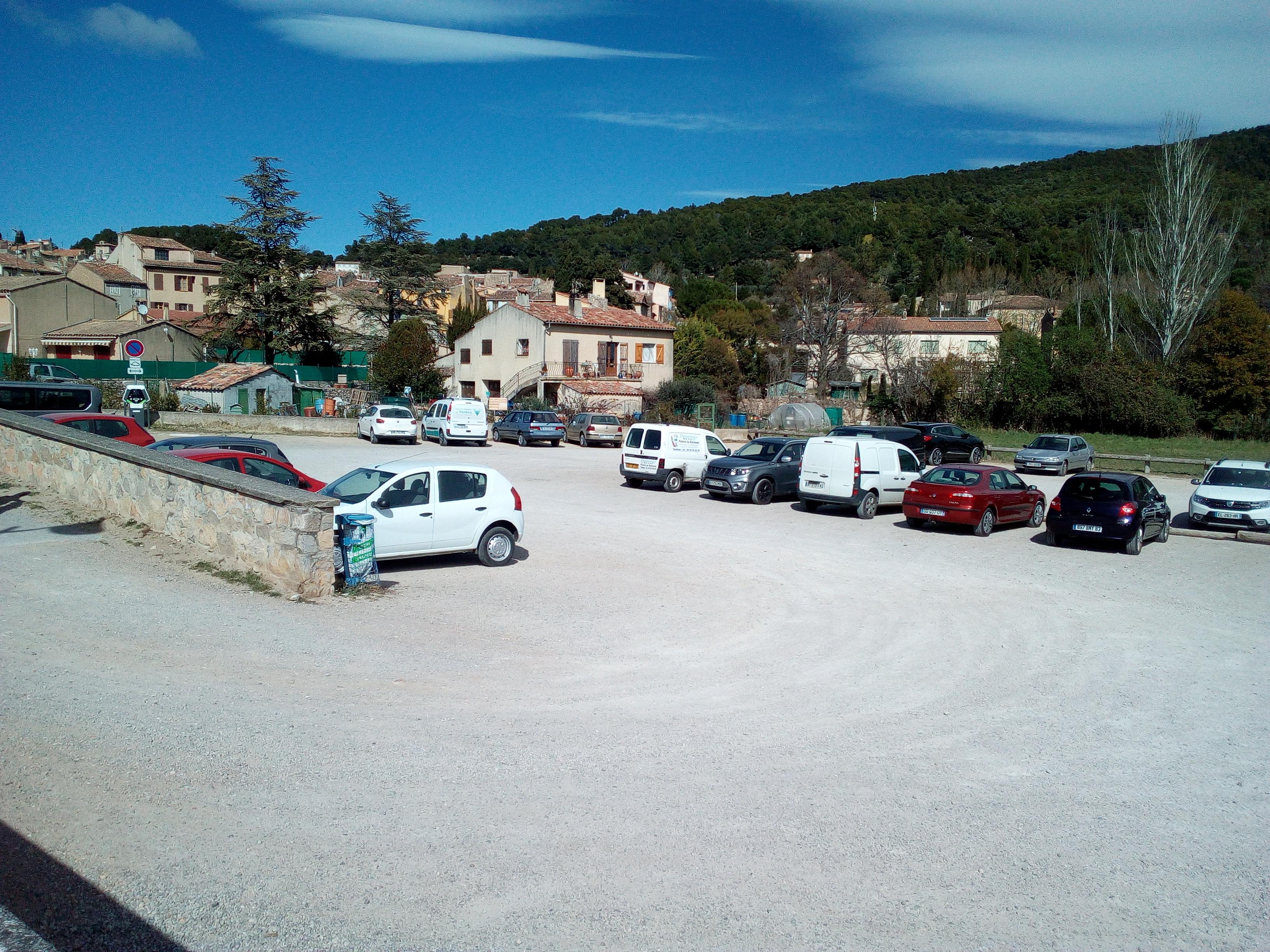 Photo Parking de la rue du gymnase