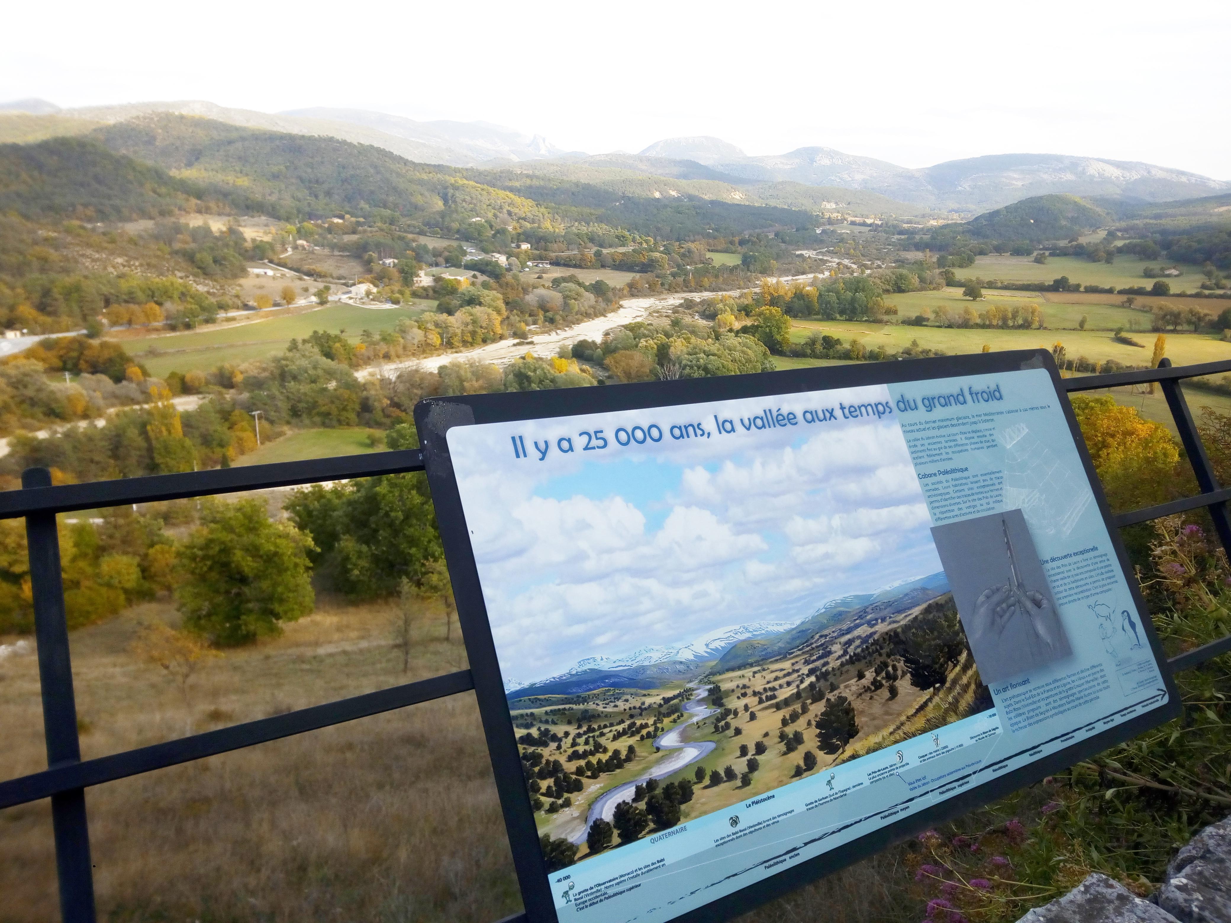 Photo Mur archéologique